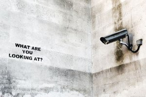 banksy-street-art-graffiti-camera-i18548